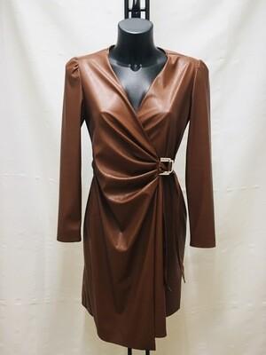 Vestido polipiel marrón
