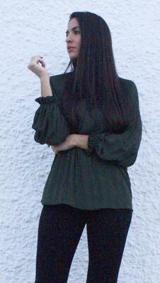 Blusa plisada verde