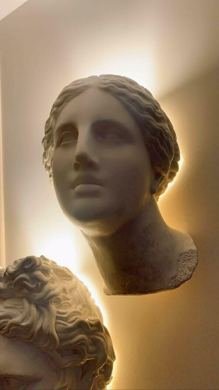 Гипсовый светильник Афродита