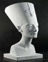 Гипсовый бюст Нефертити