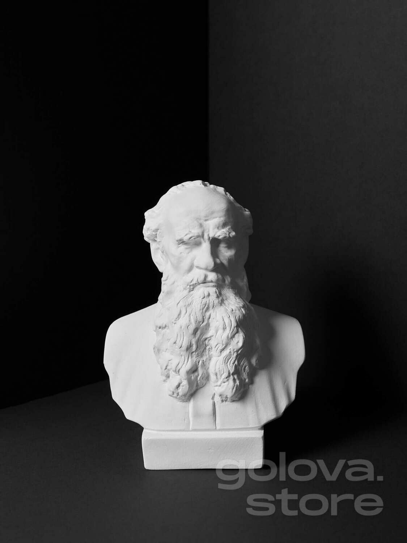 Гипсовый бюст Л.Н. Толстой
