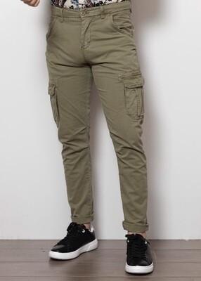 Pantaloni Con I Tasconi Senza Elastico Alla Caviglia