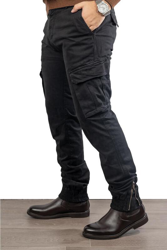 Pantaloni Modello Cargo