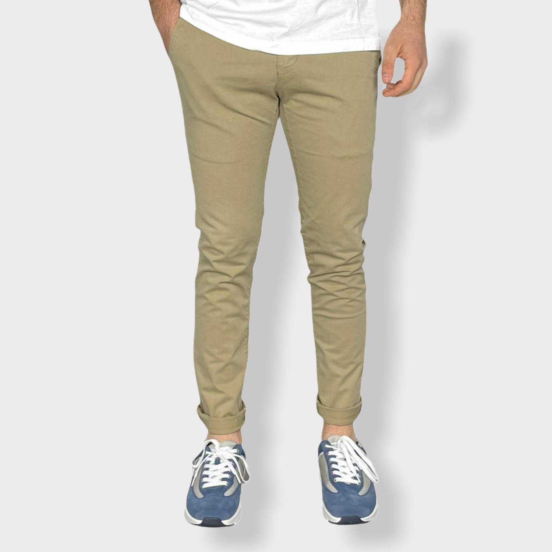 Pantaloni tinta unita slim