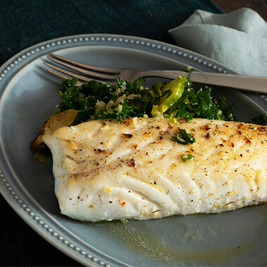 Wild Alaskan Halibut 6 oz portions, skinless/boneless