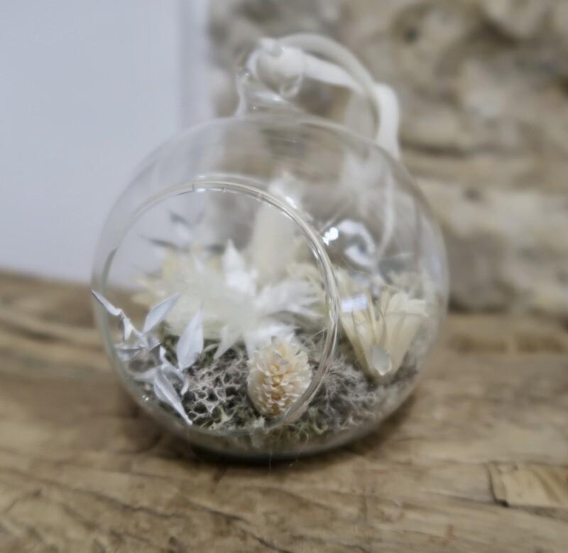 Boule de Noël Blanche (VENDUE)