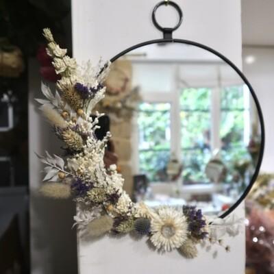 Miroir M fleuri en laiton noir Parme