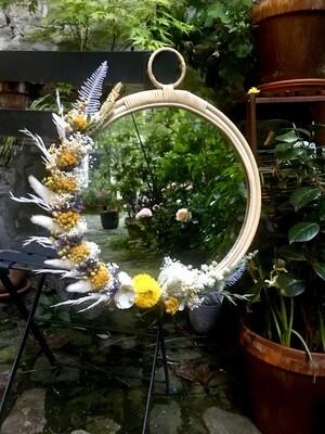 Miroir XL fleuri en rotin Capri