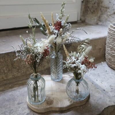 Trio de petits bouquets Matera avec leurs vases