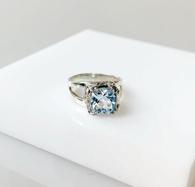 Blue Topaz Crown Jewels Ring