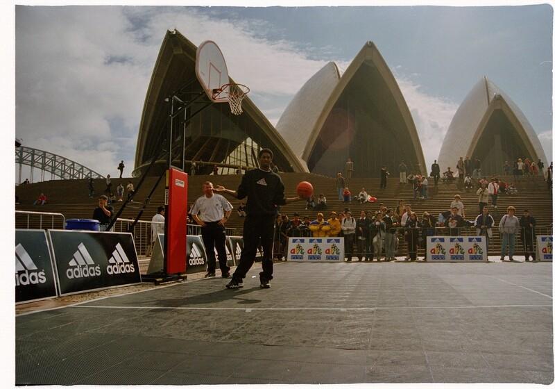 Kobe Bryant in Sydney 1998
