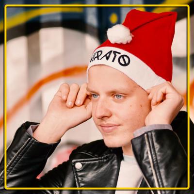 Virato - KerstMuts/SantaHat (Red or Yellow)