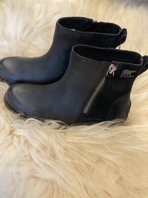 Sorel Emelie Zip Boot