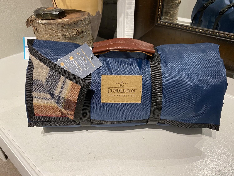 Pendleton Nylon Bk Roll Up Blue