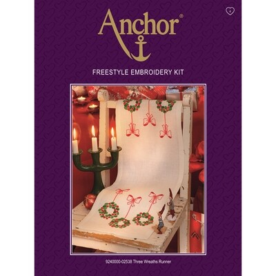 Anchor Essentials Freestyle Kit - Three Wreaths Runner