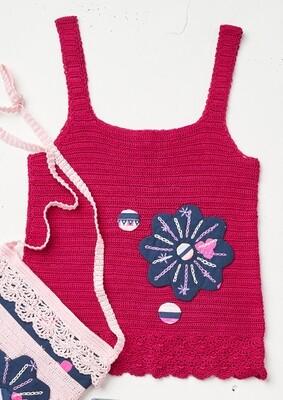 Modelo Striking Pink Flower Patch Top