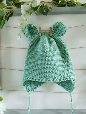 Modelo Snug as a Cub Hat Pattern