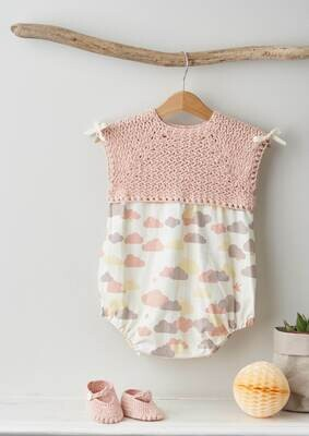 Modelo Baby Pastel Pink Bloomers and Booties