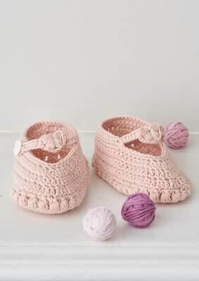 Modelo Crochet Heart Detail Botties