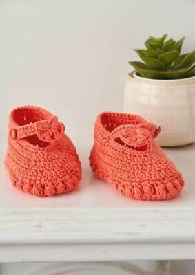 Modelo Salmon Crochet Baby Booties