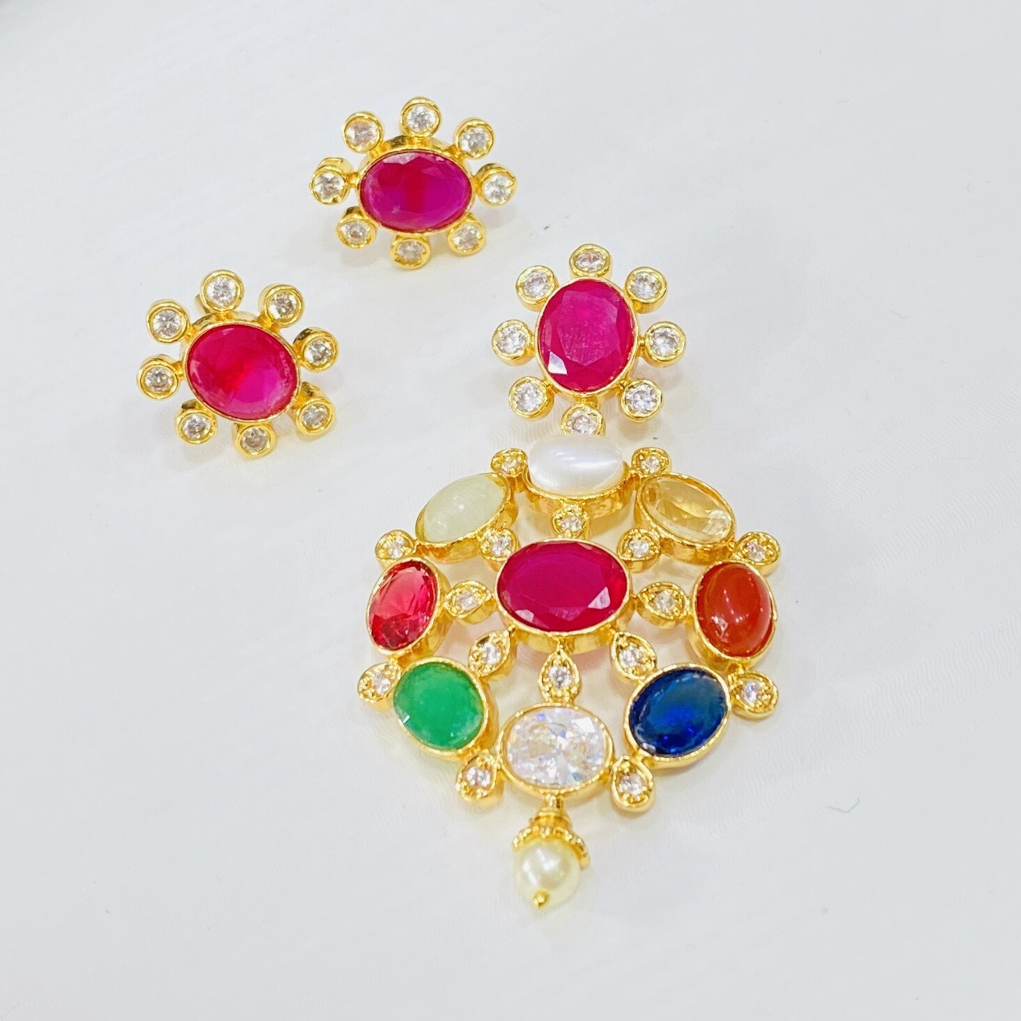 Navaratna Locket Set