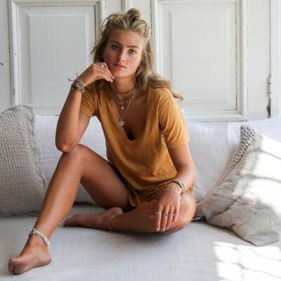 EMBRO MUSTARD shirt | Juul en Belle