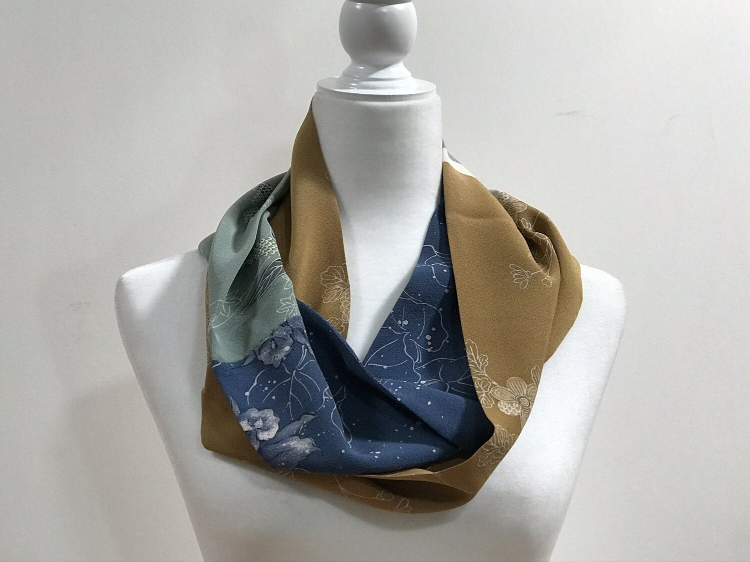 Double infinity scarf 6.5 x 64in