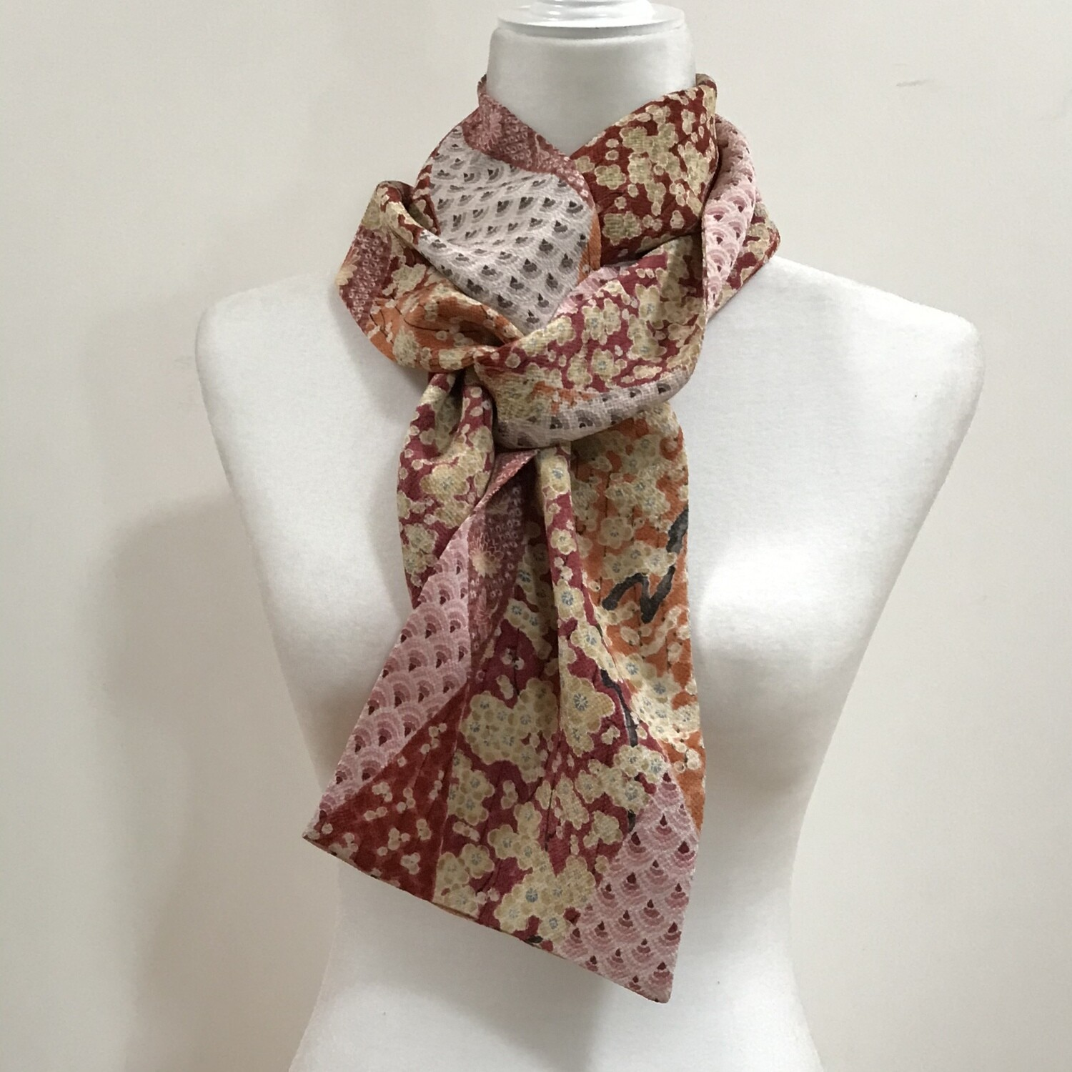 Scarf  7 x 63 in