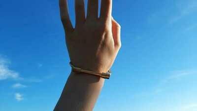 Golden bracelet (1 pièce)