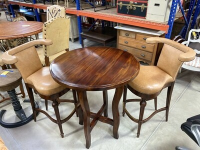 G BAR TABLE W/ 2 SPECTATOR BAR STOOLS