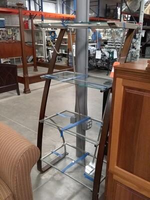 STAGGERD GLASS SHELF