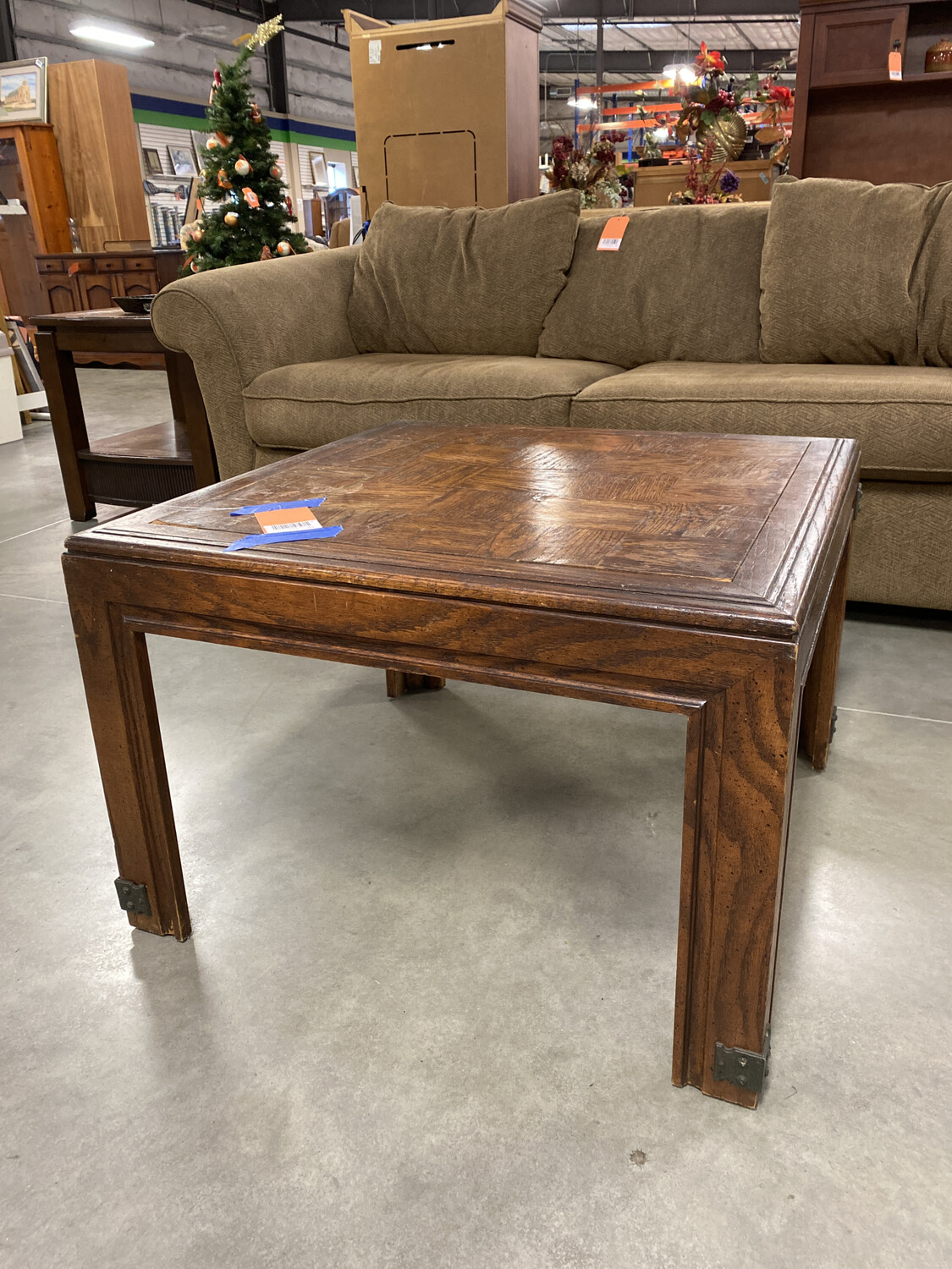 COFFEE TABLE sq wood