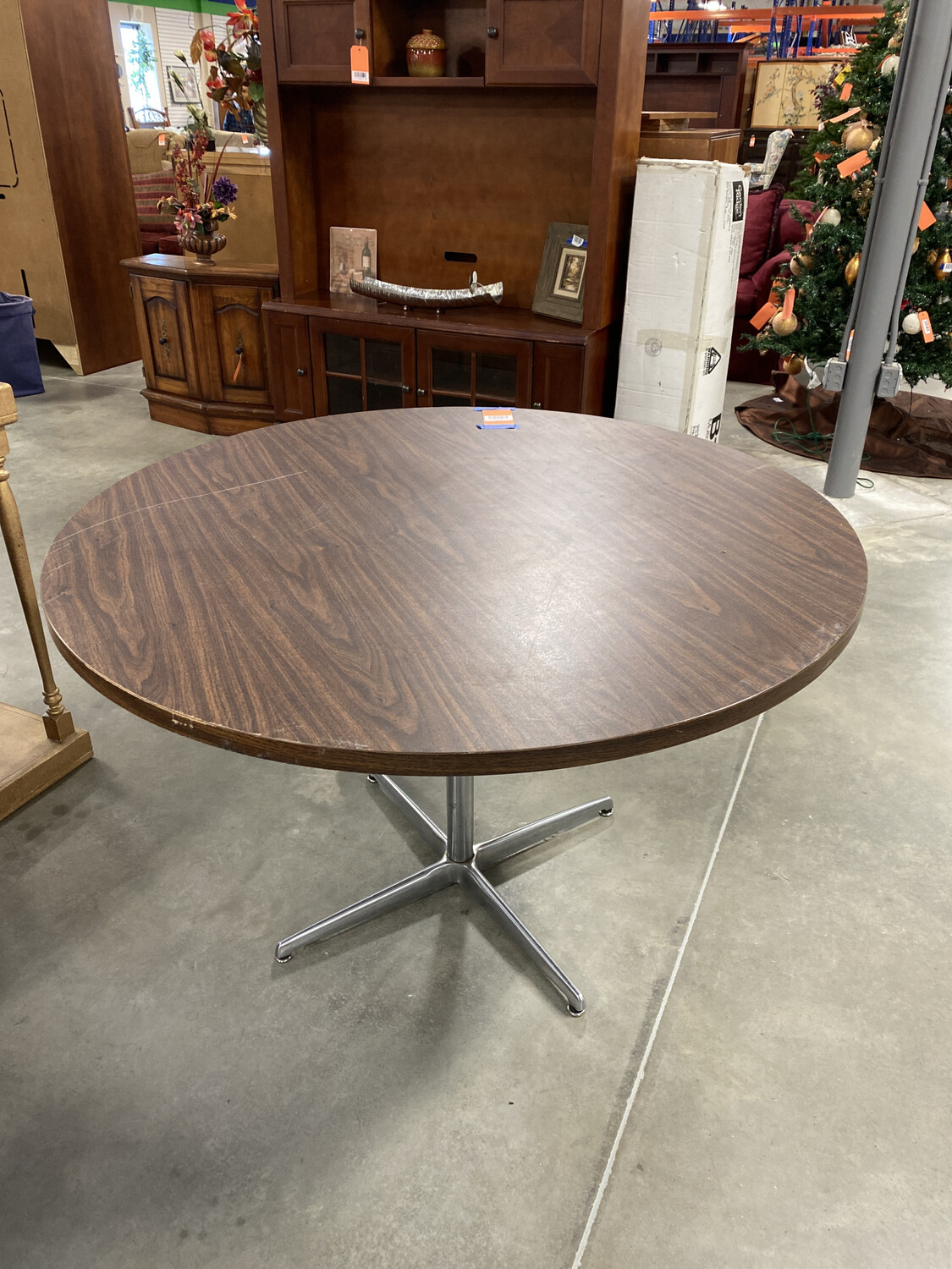 ROUND OFFICE TABLE