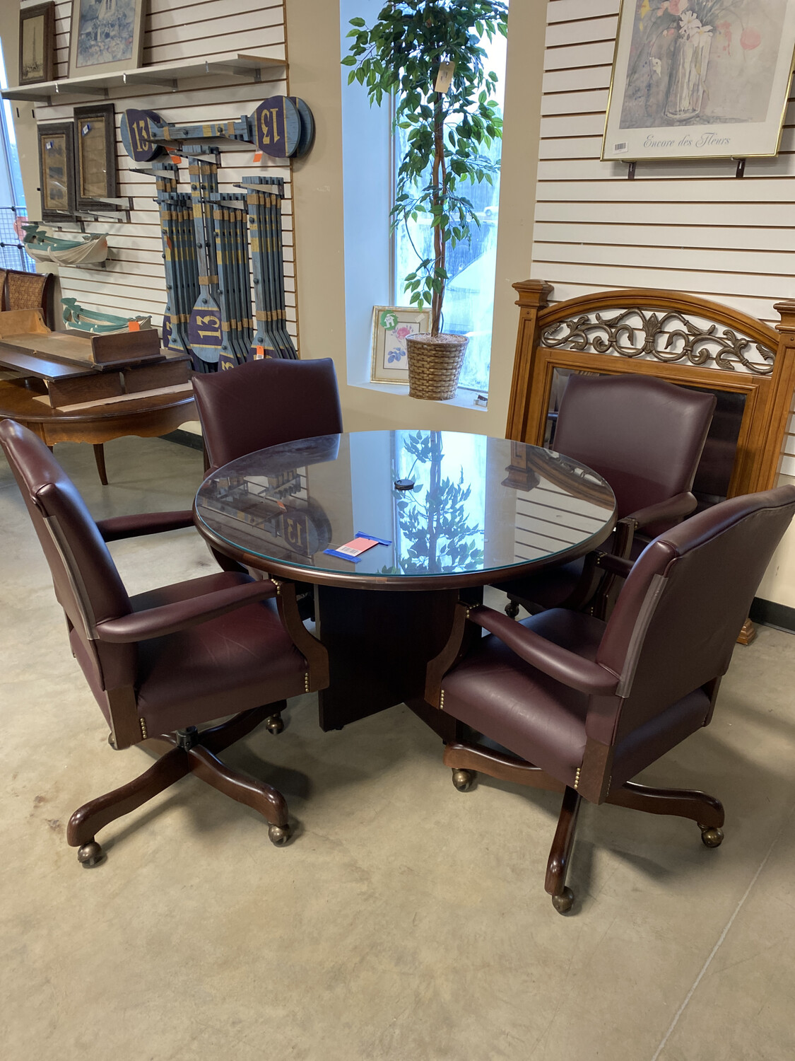 CONFERENCE TABLE/4 CHAIRS