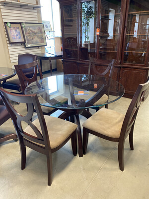 GLASS TABLE W/4 CHAIR