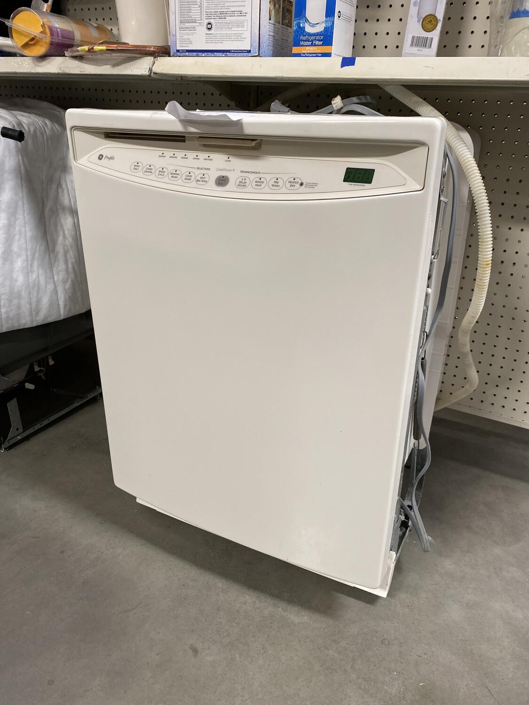 Profile White Dishwasher