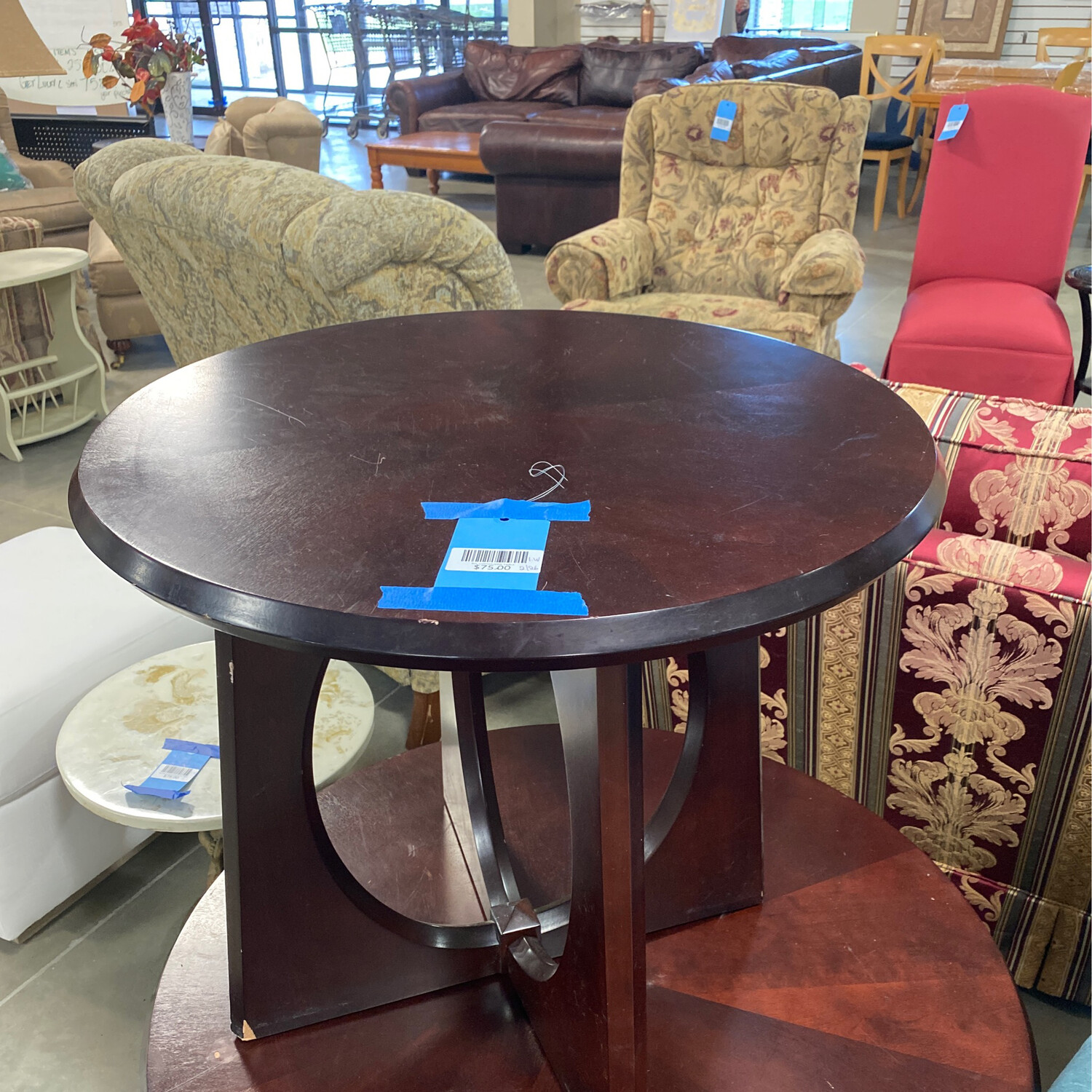 RD. COFFEE/SIDE TABLE
