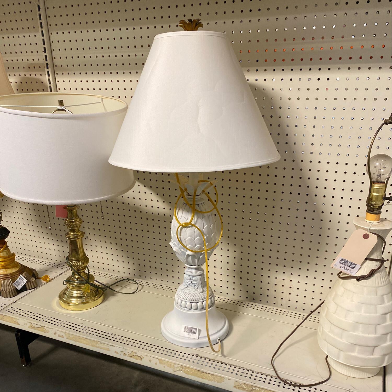 LG TABLE LAMP