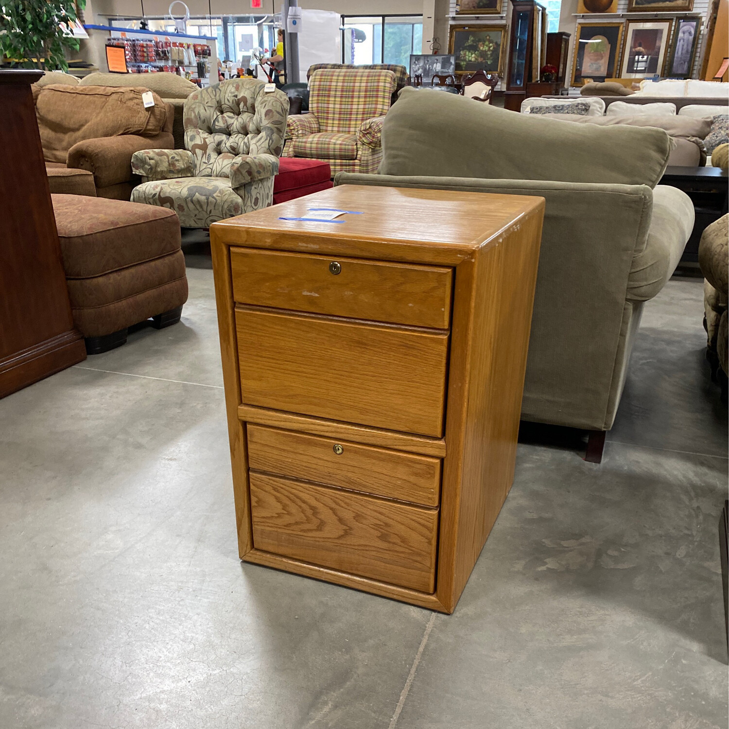 WOODEN FILING CABINET W/NO KEY