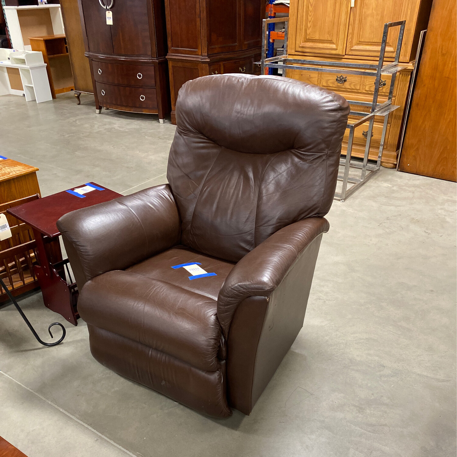 LEATHER RECLINER BROWN 1