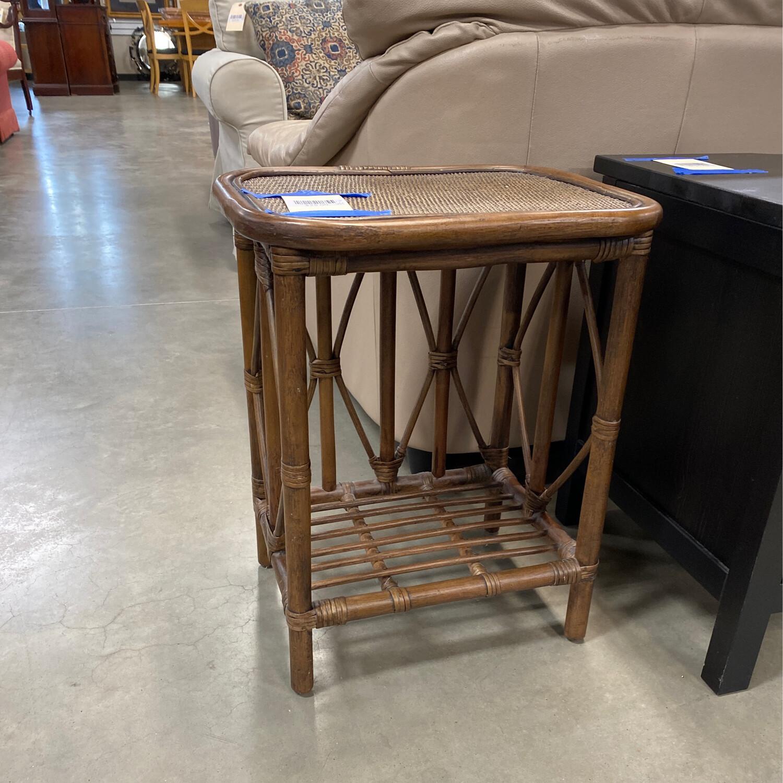 WOOD/WICKER SIDE TABLE