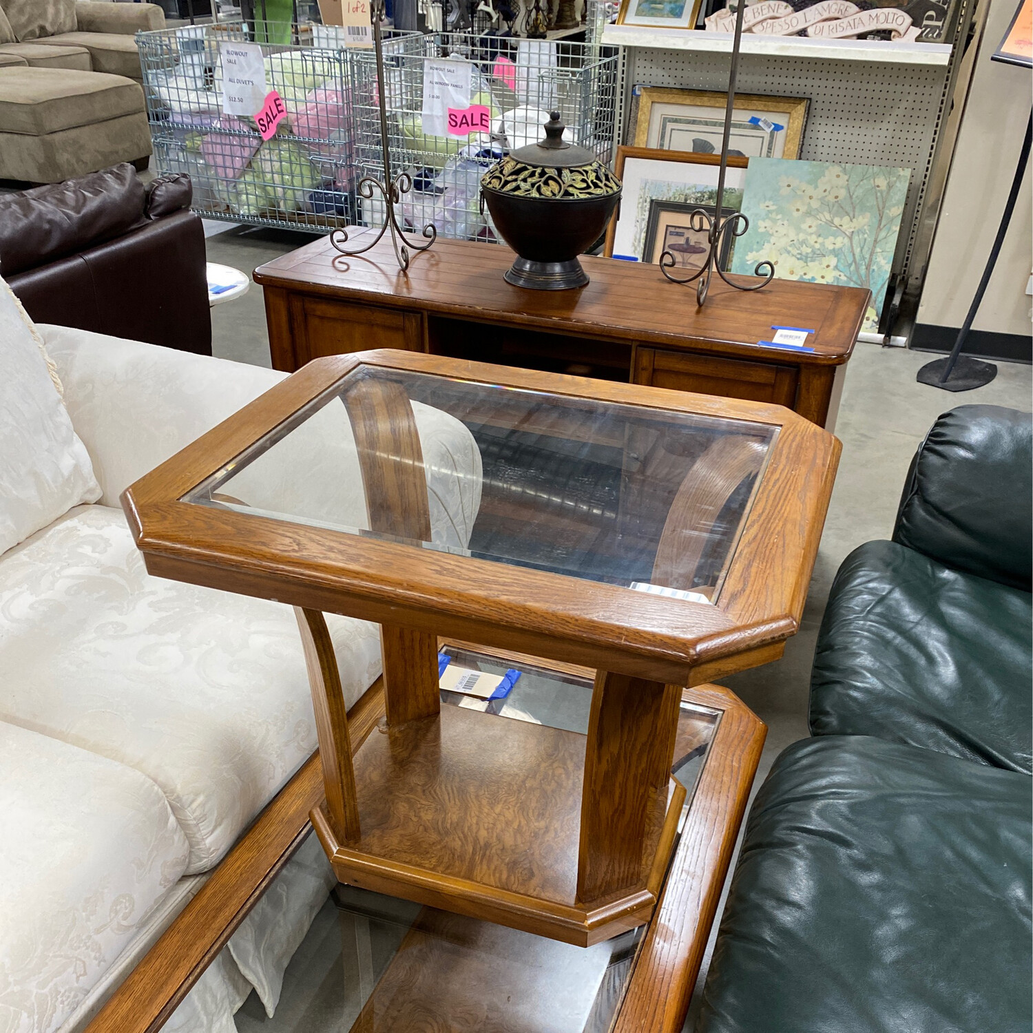 CLEARANCE NICE COFFEE AND SIDE TABLE