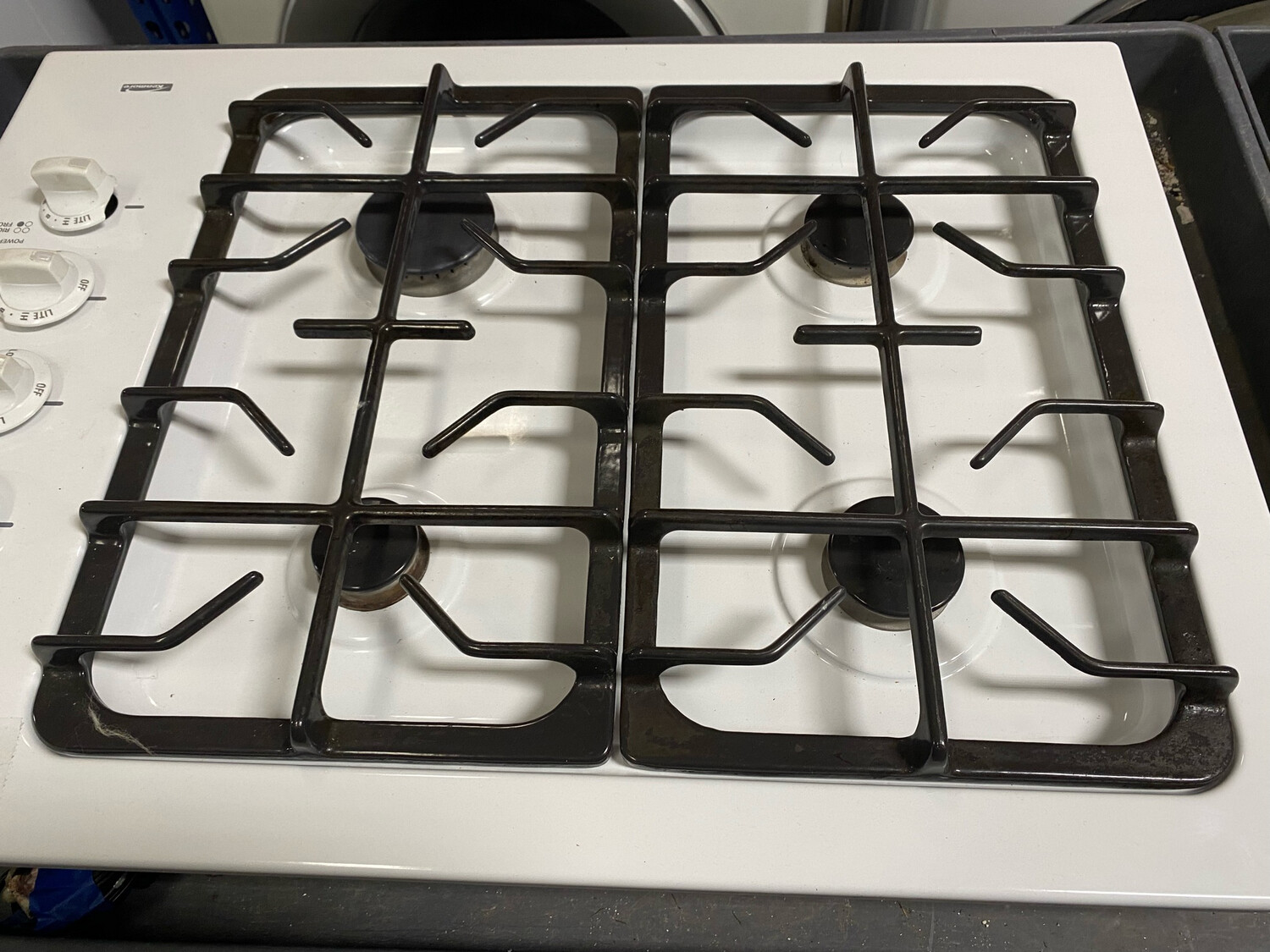 Kenmore Gas Cooktop White
