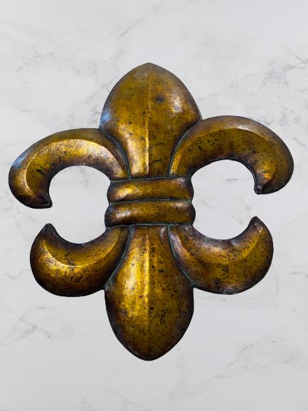Metal Fleur De Lis Decoration