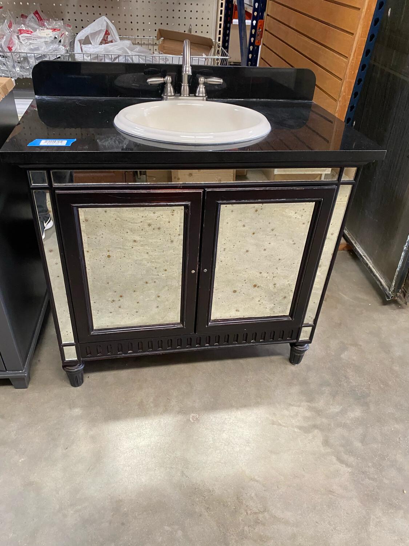 Bathroom Vanity W/Mirror Doors