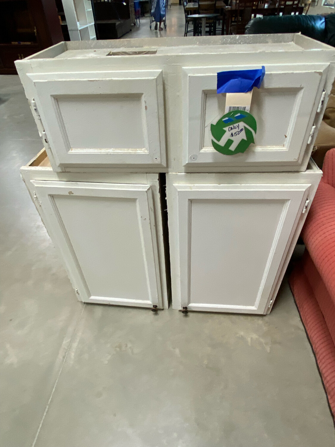 Clearance 3 Pc White Cabinet Set