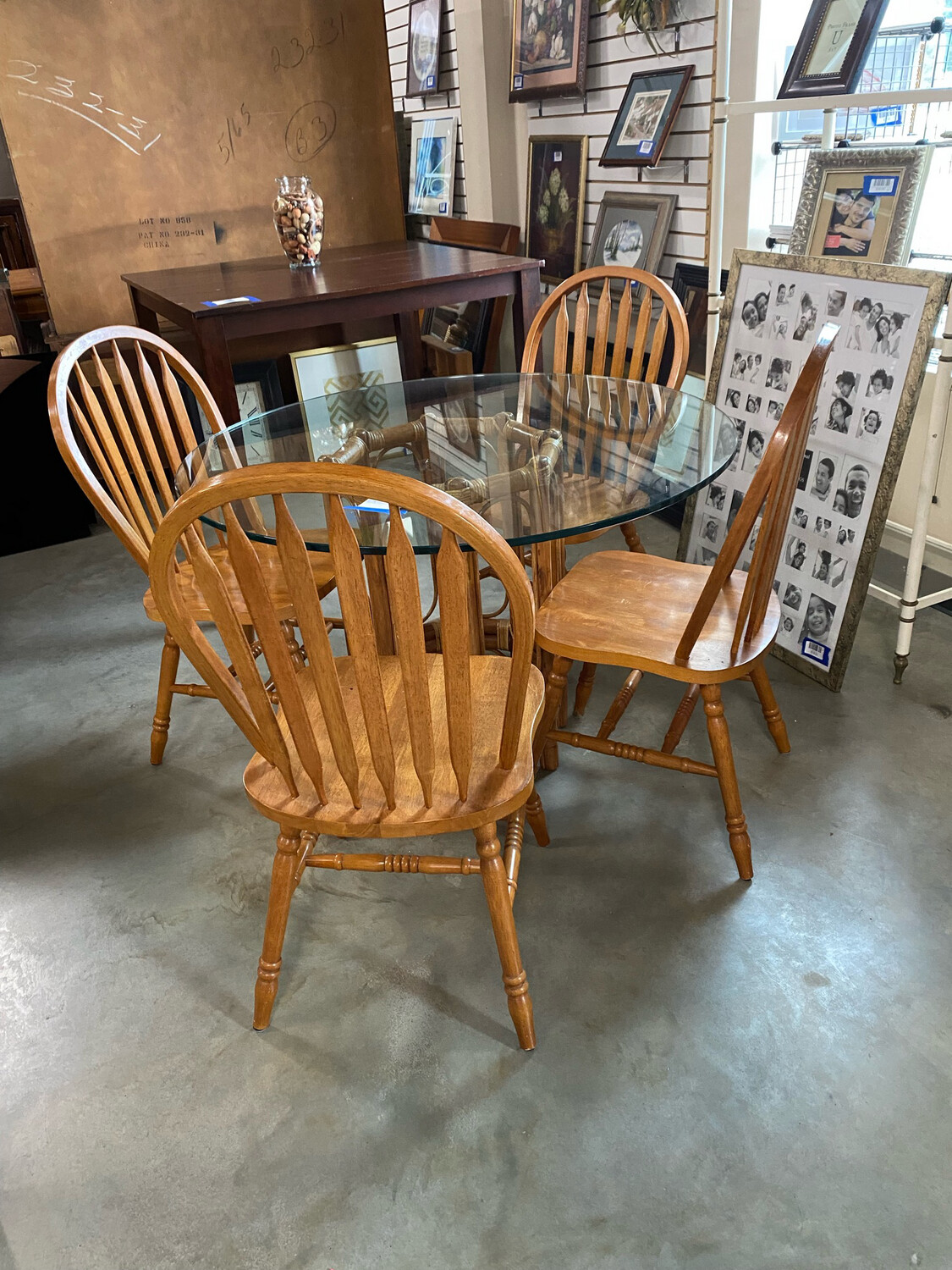 Wicker Round Table 4 Chairs