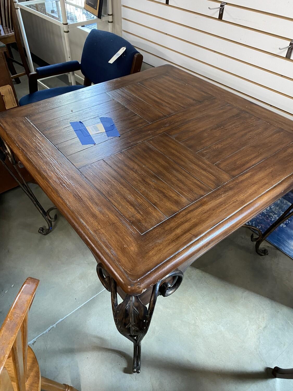 Square table w/iron legs