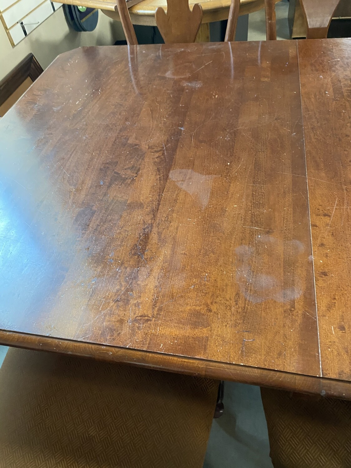 Dining table 6 chairs no leaves
