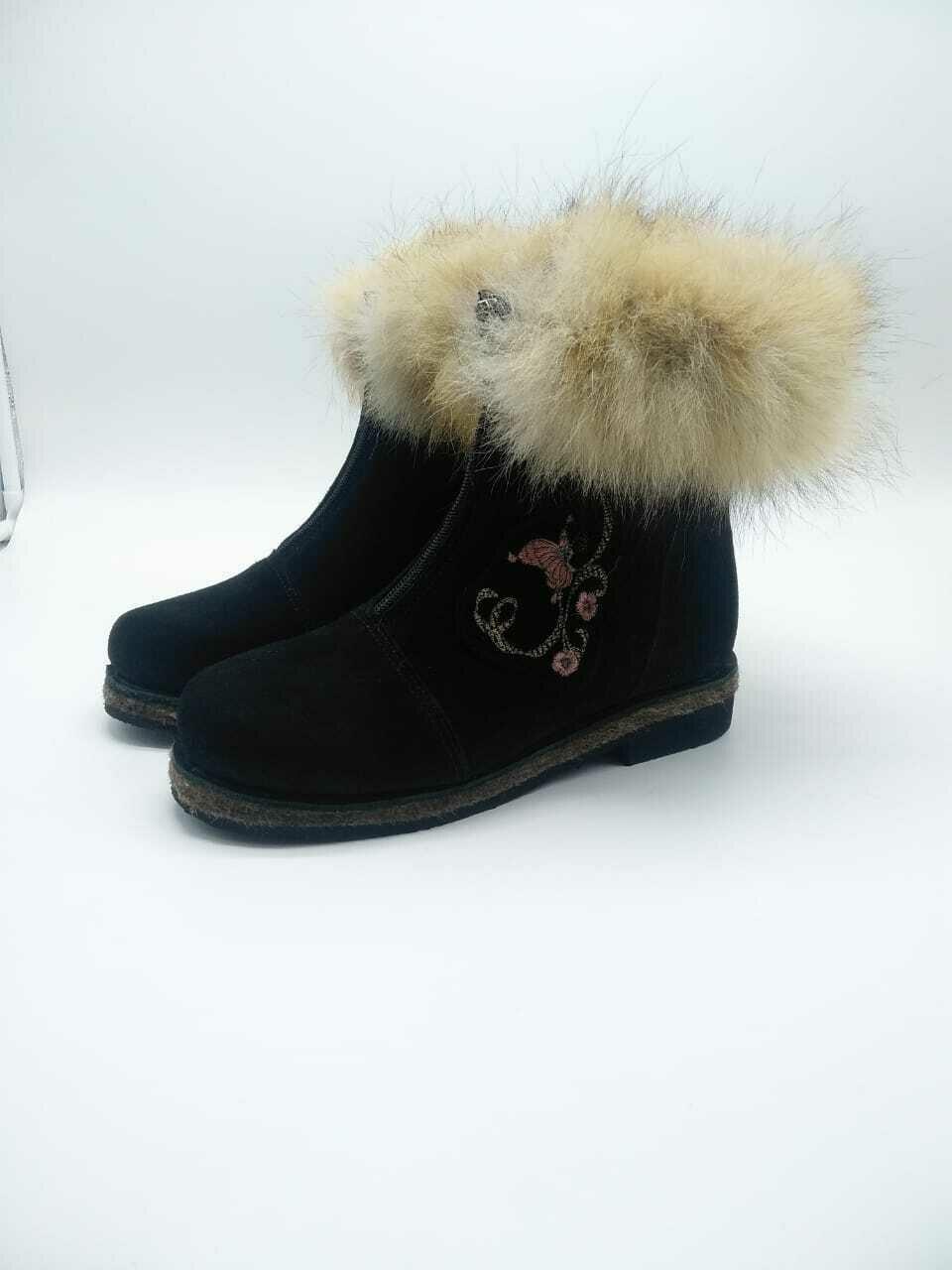 38 Унты-ботиночки женские на молнии из замши и лисы